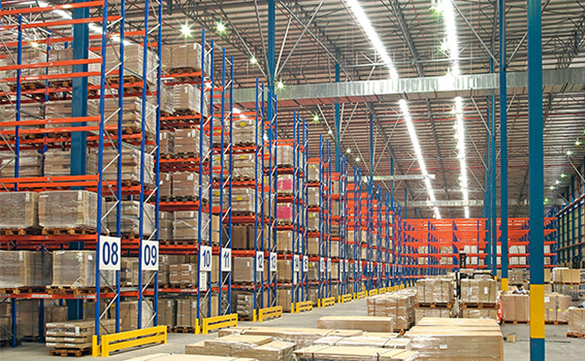 Furniture warehouse selective racking